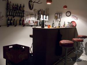 Papbar (detail), cardboard, maskingtape, emulsion, 1:1 (2010)